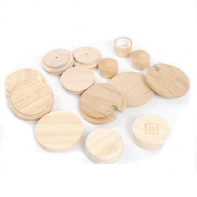 Customized shape recyclable wood sealing candle lids