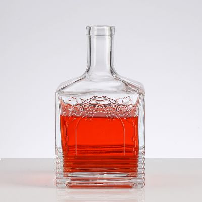 Elegant relief high-end square 750ml tequila bottle hot selling glass bottle and lid