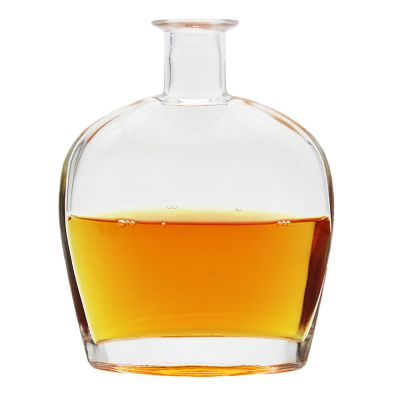 Custom high quality durable using various XO glass bottles high-end brandy whisky glass bottles